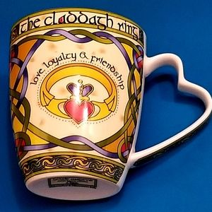 "Other - NEW ""Friendship"" Irish Weave Bone China Mug"